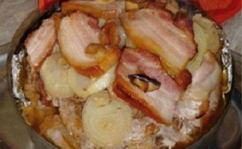 Meat with Sauerkraut