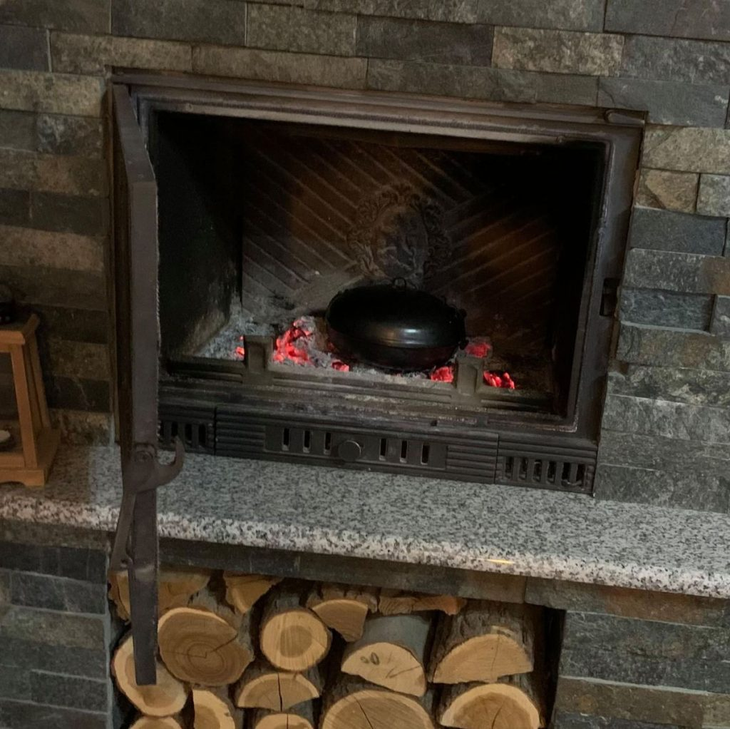 UFO in the winter – in the fireplace